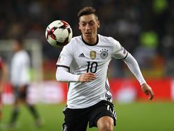 Mesut Özil dreht mit der Nummer 10 im DFB-Dress nochmal auf