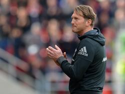 Ralph Hasenhüttl ist ein heißer Kandidat auf den Trainerposten bei RB Leipzig