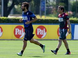 Antonio Conte (r.) verzichtet auf Andrea Pirlo
