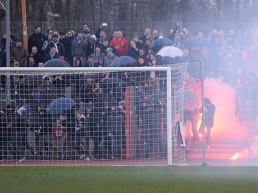 Beim Regionalliga-Spiel zwischen Wattenscheid und Bochum II kam es zu schweren Krawallen