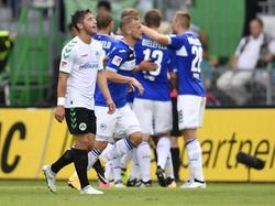 Die Arminen bejubeln das zwischenzeitliche 2:0 in Fürth