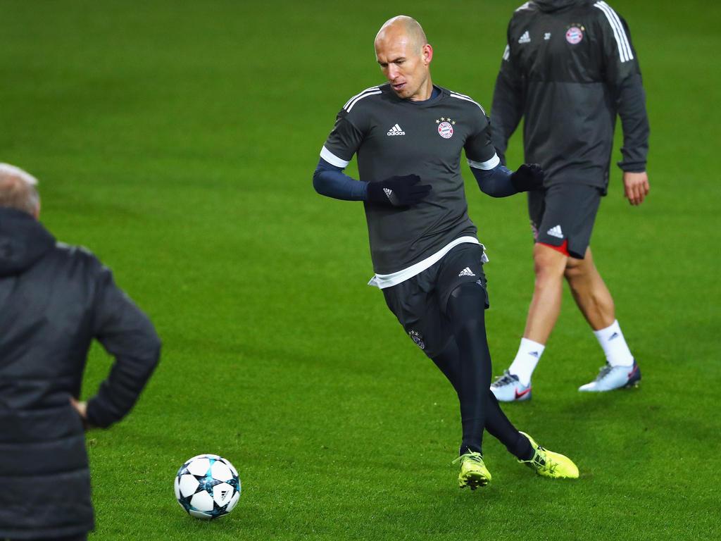 Arjen Robben trainierte am Montag mit der Mannschaft des FC Bayern