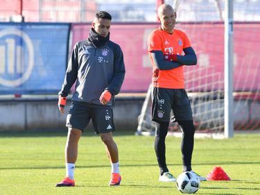 Thiago (l.) steht wieder auf dem Trainingsplatz