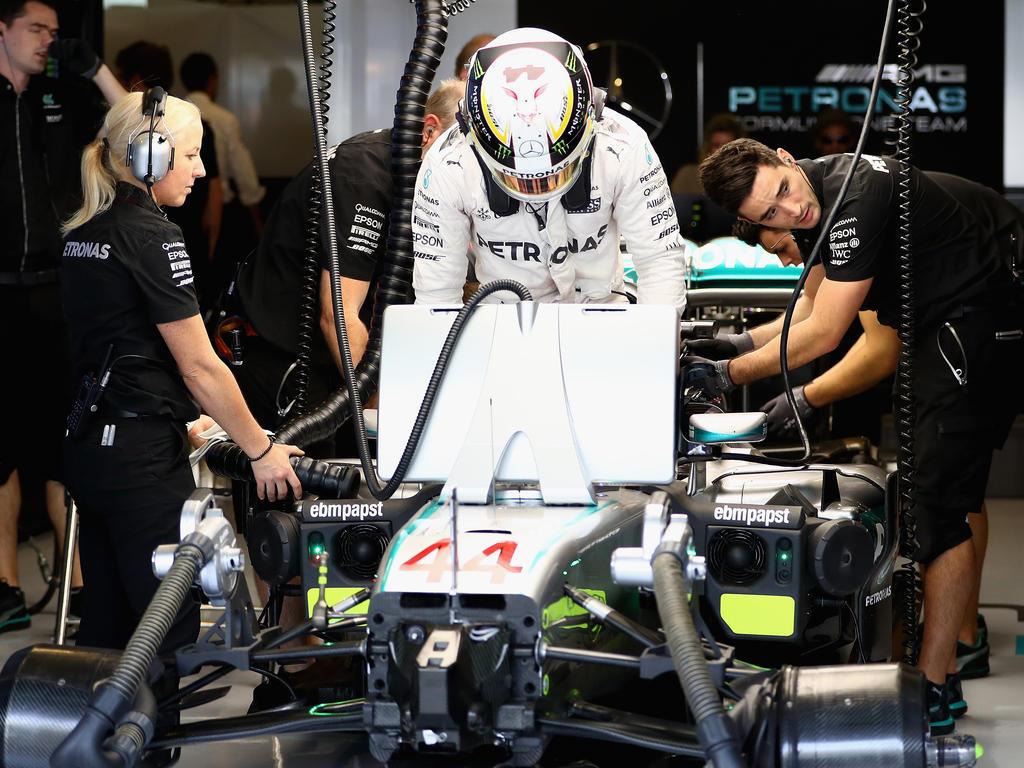 Lewis Hamilton wird sich an den neuen Boliden noch gewöhnen müssen