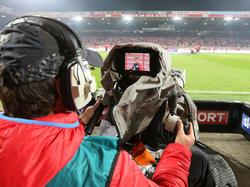 Alle Bundesliga-Spiele live zu verfolgen, wird schwieriger