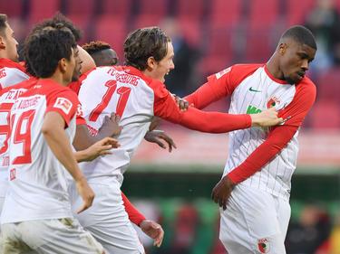 FC-Youngster Kevin Danso (r.) wurde nach dem Ausgleichstreffer geherzt