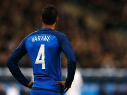 Raphaël Varane bangt um das Eröffnungsspiel der EM 2016