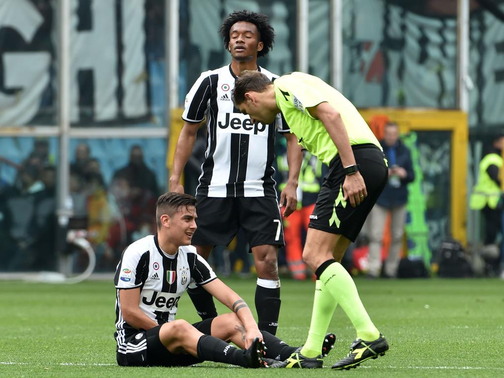 El problema en la pierna izquierda de Dybala preocupa a la Juve. (Foto: Getty)