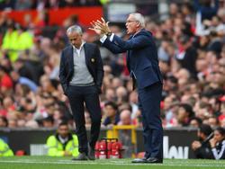 Claudio Ranieri (r.) hatte in den Duellen mit englischen Topklubs bisher nichts zu lachen