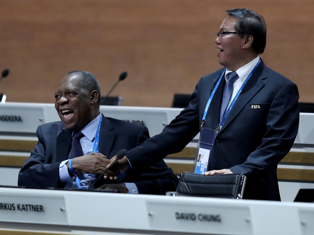 Ozeaniens Verbandspräsident Chung (rechts) unterstützt die amerikanische WM-Bewerbung