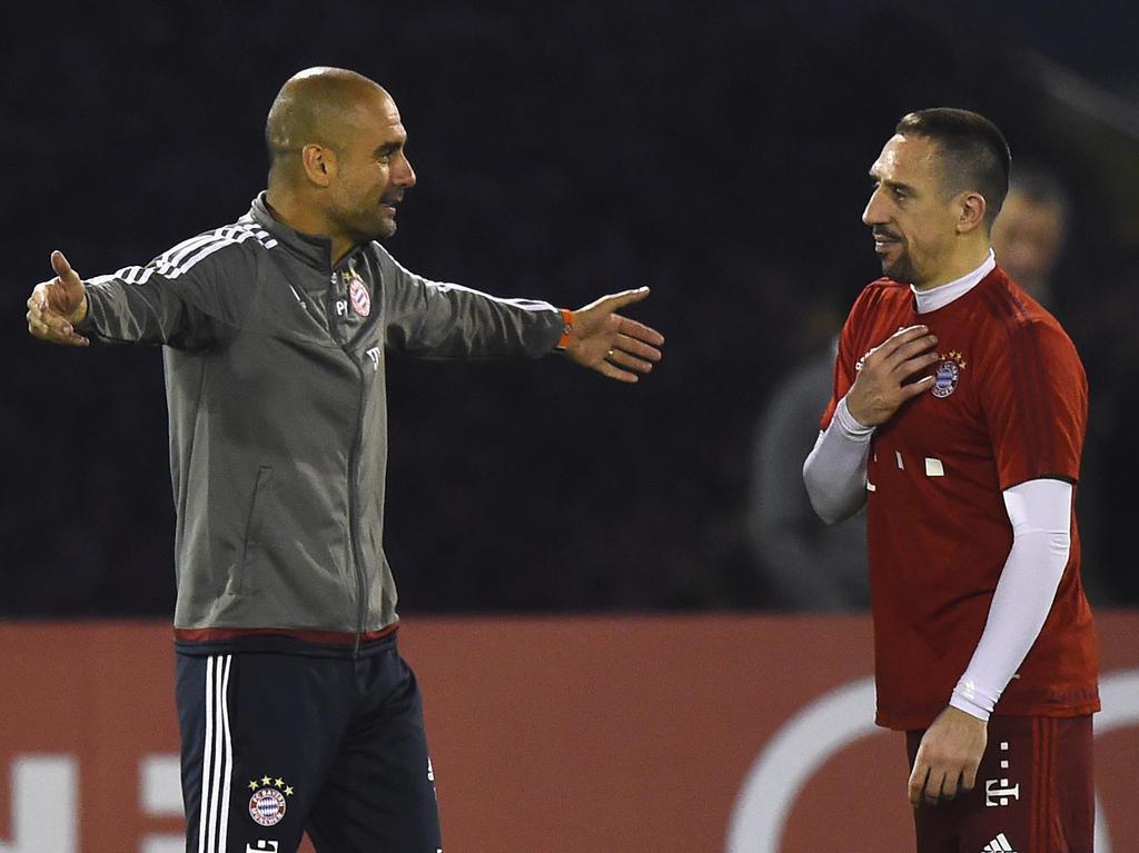 Franck Ribéry (r.) übt Kritik an Ex-Trainer Pep Guardiola