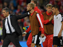 Marcel Koller (l.) steht vor dem Aus als Österreich-Trainer
