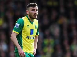 Hull sign Norwichs's Robert Snodgrass