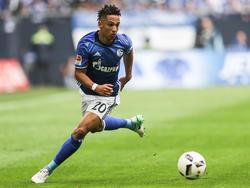 Thilo Kehrer kommt beim FC Schalke aus der eigenen Jugend