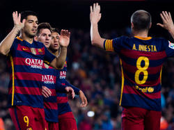 Luis Suárez, Lionel Messi und Iniesta stehen im CL-Team 15/16