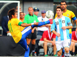 Neymar y Messi con sus selecciones (Foto: Getty)