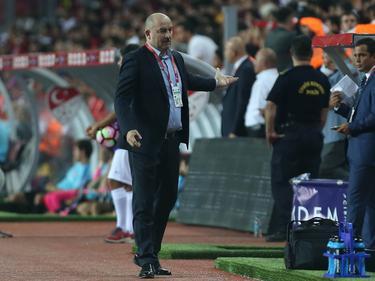 Stanislav Cherchesov gab sein Debüt als russischer Nationaltrainer