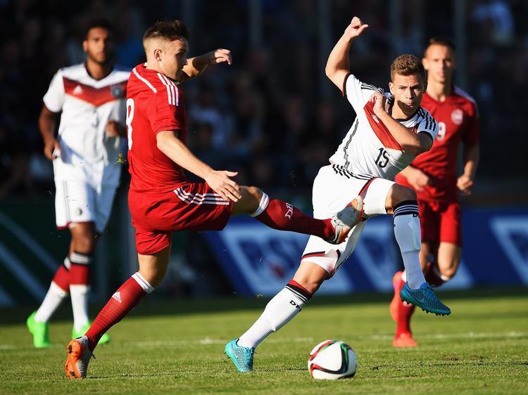 Die DFB-Elf um Joshua Kimmich (r.) setzte sich gegen Dänemark durch
