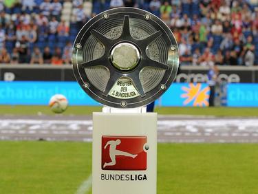 Das Objekt der Begierde: Die Meisterschale der zweiten Bundesliga