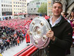 Manuel Neuer feierte seine vierte Meisterschaft mit dem FC Bayern