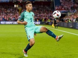 Raphaël Guerreiro wurde in Frankreich geboren, trägt aber Portugal in seinem Herzen