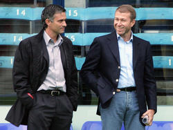 José Mourinho and Roman Abramovich in 2004