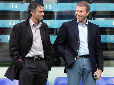 Hatten kein enges Verhältnis: José Mourinho (l.) und Roman Abramovich