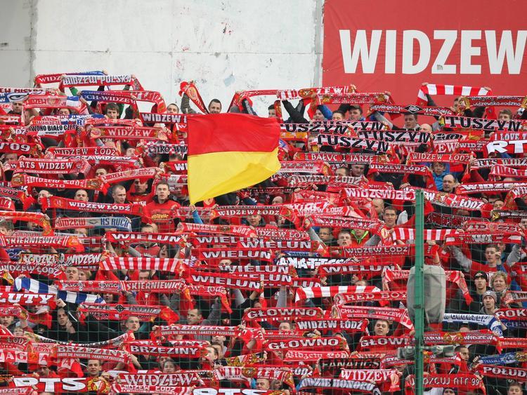 Widzew Łódź aus Polen hat mehr als 10.000 Dauerkarten verkauft
