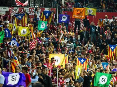 Barça-Fans protestieren für die Unabhängigkeit Kataloniens