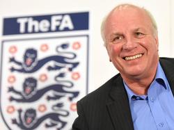 Greg Dyke fordert einen Titel der englischen Nationalmannschaft