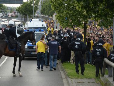 Nach und vor dem Relegations-Derby kam es in Wolfsburg zu Ausschreitungen