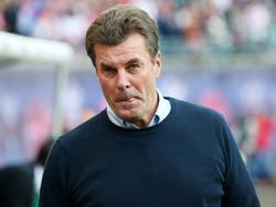 Gladbach-Coach Dieter Hecking lobt sein Team