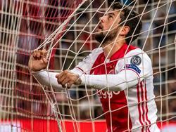 Amin Younes krijgt halverwege de eerste helft dé kans om de 1-1 binnen te prikken, maar de aanvaller tikt van dichtbij naast. Ajax blijft in de Champions League-kwalificatiewedstrijd tegen FK Rostov tegen een 0-1 achterstand aan kijken. (16-08-2016)
