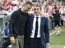Ernesto Valverde (re.) beerbt Luis Enrique auf der Trainerbank des FC Barcelona