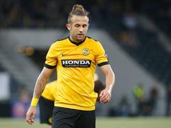 Miralem Sulejmani rust uit in de Europa League-wedstrijd tegen Olympiakos. (15-09-2016)