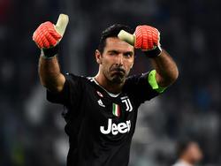 Buffon en un duelo de la Juventus de Turín de esta campaña. (Foto: Getty)