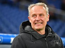 Christian Streich geht optimistisch ins Spiel gegen den BVB