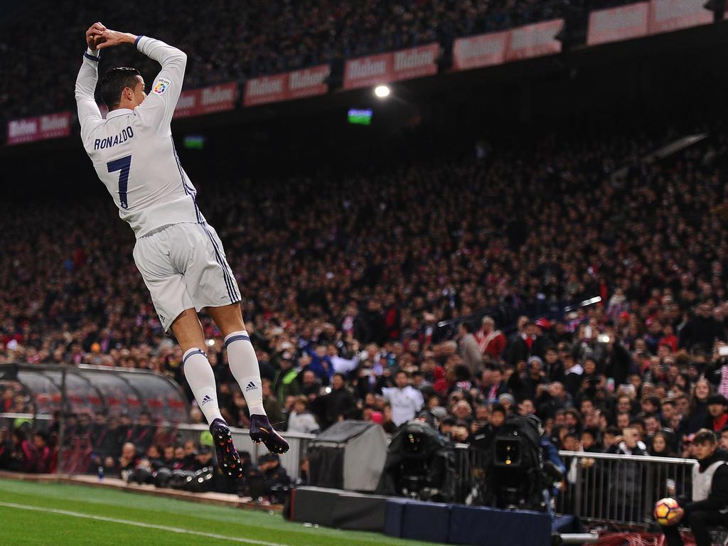 Ronaldo celebra un gol en el Calderón contra el Atlético. (Foto: Getty)