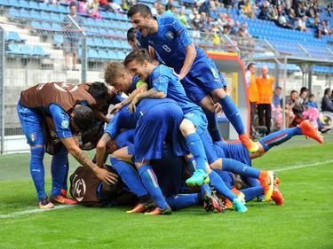 Die italienischen U19-Spieler feiern den Finaleinzug