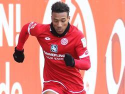 Karim Onisiwo darf für Mainz kicken