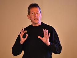 DFB-Chefausbilder Frank Wormuth warnt vor den Schattenseiten des Trainerjobs