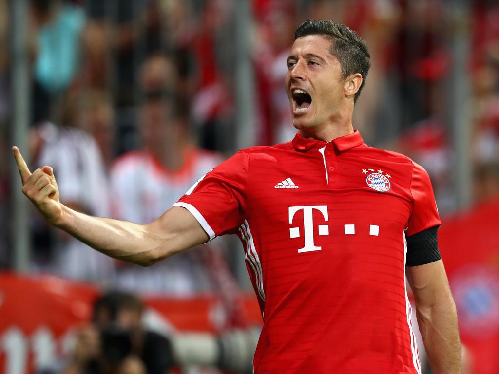 Robert Lewandowski führt den FC Bayern mit drei Toren zum Kantersieg gegen Bremen