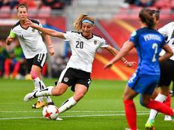 Het doelpunt van Lisa Makas dat Oostenrijk op 0-1 voorsprong zette.
