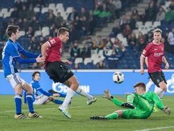 Schalke unterliegt Hannover im Testspiel