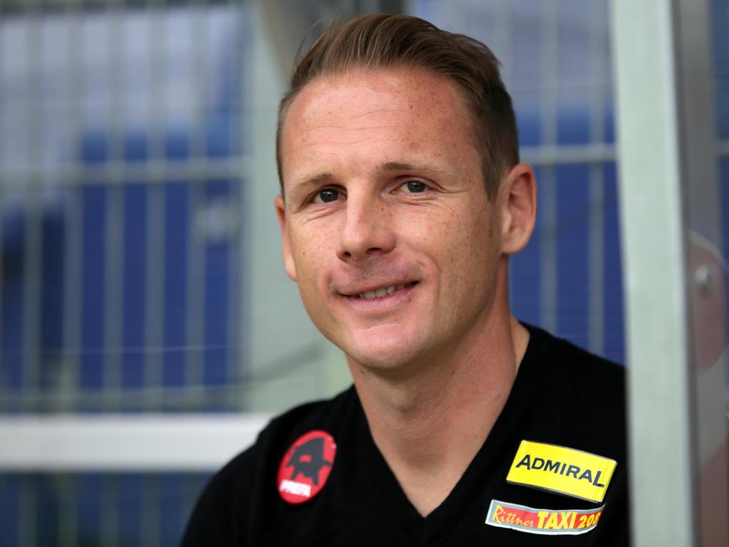 Fußball: SKN St. Pölten verlängerte mit Trainer Fallmann