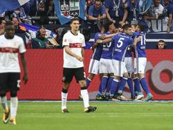 Hatten Grund zum Jubeln: Die Profis des FC Schalke 04