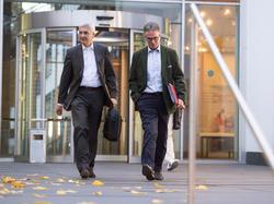 Stefan Hans (l.) mit DFB-Generalsekretär Helmut Sandrock