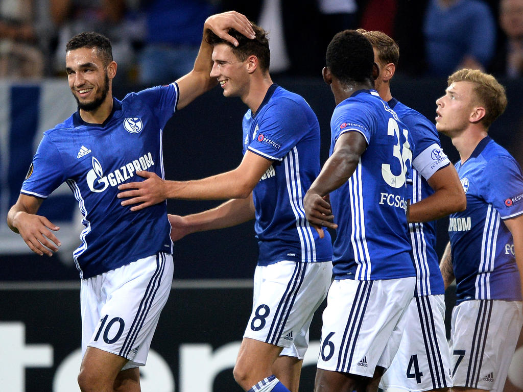 Leon Goretzka (2.v.l.) erzielte das wichtige 1:0 für Schalke