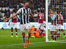 In der Schlussminute gleicht Gareth McAuley für West Bromwich im Vergleich mit West Ham aus. (11.02.2017)