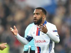 Alexandre Lacazette dejará de enfundarse la camiseta del Lyon. (Foto: Imago)